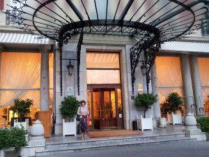 The imposing entrace to the Hôtel du Palais